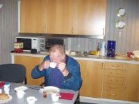 Kurt drikker kaffe